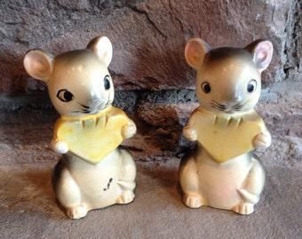 Mouse Salt & Pepper Vintage Mice Eating Cheese Shaker Set - #4030