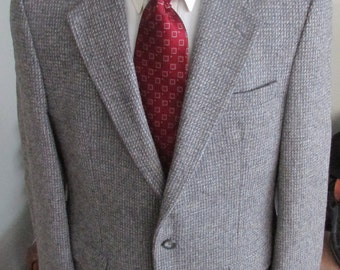 Vintage Mens Tweed Jacket ,Mens Tweed Blazer, Mens Tweed Coat, Brown Tweed Suit Jacket Tweed-Check Measurements , Color Grey And Blue