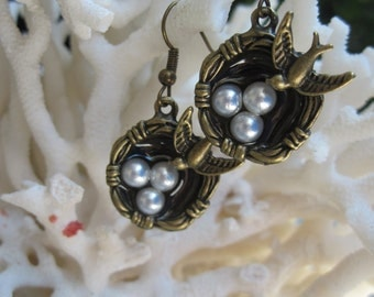 Great Gift....Mother Bird Protecting Eggs in Nest  Earrings