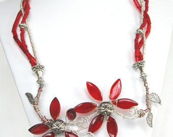 Valentine Flowers Beaded Necklace with Wire Wrapping and Beaded Flowers