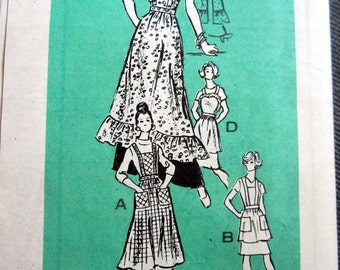 Vintage Mail Order Apron Pattern Marian Martin 9064 Size Large 4 Varieties Old Styles Uncut