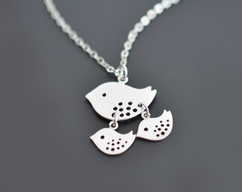 30% OFF, Mommy Bird necklace, Silver Necklace, Mother's day, Grandmother, Family Necklace. Silver necklace, Personalized, Gift for her.