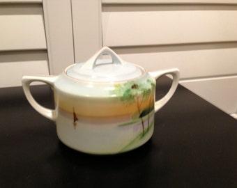 Vintage hand painted bone china MEITO CHINA made in  JAPAN  sugar bowl