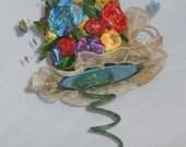 "Hatter's Springy Centerpiece/""Vase"""