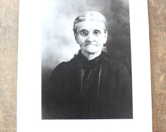 "Vintage Photo ""Face of Wisdom"", Photography, Paper Ephemera, Snapshot, Old Photo, Collectibles 1383 D"