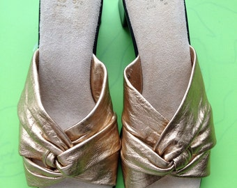 Vintage 90s golden mules shoes / Grunge/ 1990s / Gold