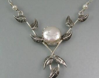 Woodland bridal necklace - botanical wedding necklace - nature inspired pearl pendant necklace -June birthstone - forest vine elven necklace