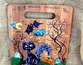 Halloween Wall hanging made from a Wooden Cutting Board, Halloween Cat and Ghosts