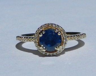 Natural Ceylon 1.36 Carat Sapphire & Diamond Engagement Ring 14kt Yellow Gold