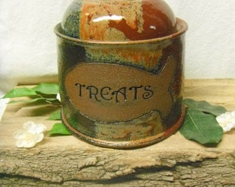 Custom Cat Treat Jar - Fish Accent - Made to Order -Choose your color- ceramics - pottery - stoneware - pets - feeding