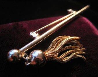Spike Tassel Brooch Gold Tone Pin Dangling Pointy Chain Chains Costume Jewelry