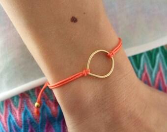 Teardrop friendship bracelet. Adjustable Bracelet. Pastel bracelet. Everyday bracelet. Minimalist bracelet
