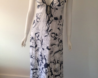 60s Floral Summer Dress Size 8 / 10 Au