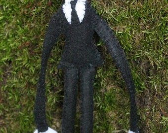 Slenderman doll,handmade felt slenderman doll, creepy decor, desk decor, halloween decorating