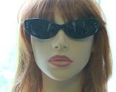 Vintage Black Cat Eye Sunglasses / Mod Cateyes, Wrap Around Cateye Glasses / Deadstock CatEyes / 80s vintage
