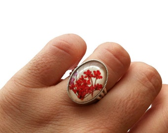 Unique rings for girls, red flower ring, nature rings, real flower ring, natural jewellery, pressed flower ring, unsual rings, red ring cute