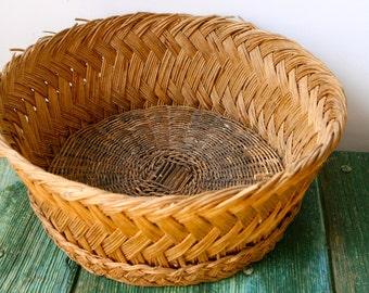 Wide woven wine grape basket
