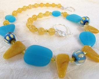 Honey Jade, Sea Glass and Lamp work Beaded Necklace