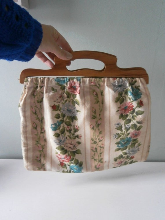 Vintage Knitting Bag : Vintage knitting bag sewing s wooden by theluckyfox