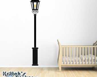 Gas Lamp Post Vinyl Wall Decal K534
