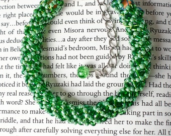 Green spiral beaded bracelet