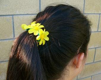 Yellow Daisy Hair-Tie/Wristband