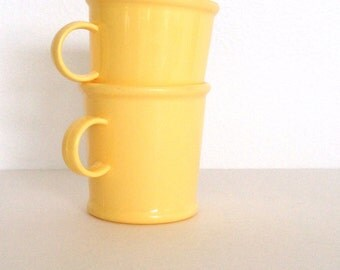 Vintage Camping Cups -  Westland Plastic - Camping Cups -  Made in USA - Yellow Plastic 1960's Cups   Cabin decor