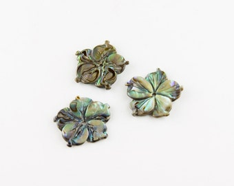 Small Vintage Carved Abalone Flowers (15mm)