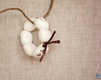 Felted bracelet, White bracelet, imprints in the snow, ivory and brown, bird footprints, felted beads, eco friendly,