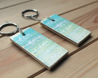 Eco friendly keychain, keyring, modern accessories, wooden keyring, upcycled, mint, green, fresh, icy, ombre, gift, winter, spring