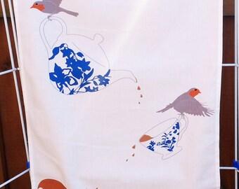 Cute animal tea towel, gift for animal lovers, 100% Cotton, squirrel tea towel, robin tea dishcloth, woodland towel, woodland animal gift,