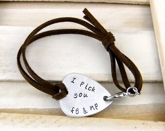 Guitar Pick Bracelet, Personalized Bracelet, Adjustable Leather Bracelet, Men's Bracelet, Woman's Bracelet