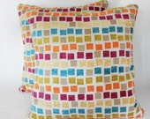 2 Bright Square-Styled Pillow Set