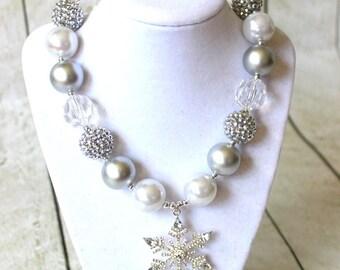 Frozen girls snowflake chunky necklace winter bubblegum necklace  bubblegum necklace with snowflak pendant silver white aqua christmas girl