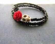 Day of the Dead Bracelet Wrap Around Mini red rose cream white skull Black glass E Beads Frida Memory wire