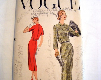 Vintage 1950s Vogue 8960 one piece dress sewing pattern