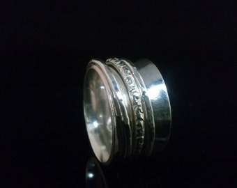 Patterned Spinner Ring Handmade with sterling silver, for Meditation and  relieving Stress. Unisex Jewelry. Wedding Band .SR106