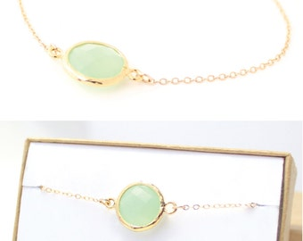 Light Mint / Gold Circle Bracelet - Green Bridesmaid Bracelet - Green Jewelry- Mint Bracelets - Mint Green Bridesmaid Gift - BB1