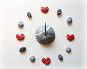 Wall decal clock with hea...
