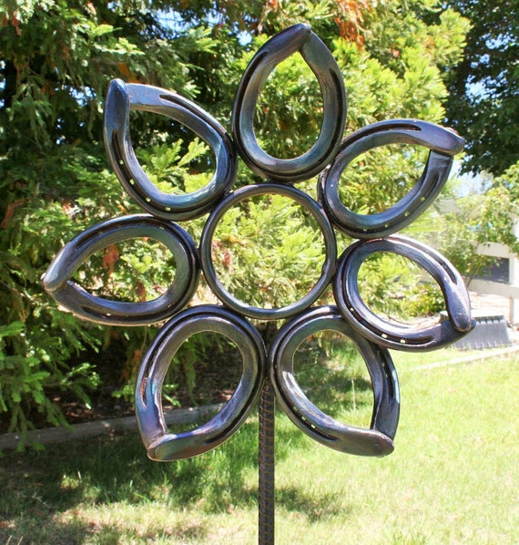 horseshoe flower garden art metal flower garden flower