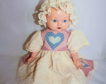 Very Pretty Vintage Vinyl/Plastic Kader Doll - Made In Hong Kong.