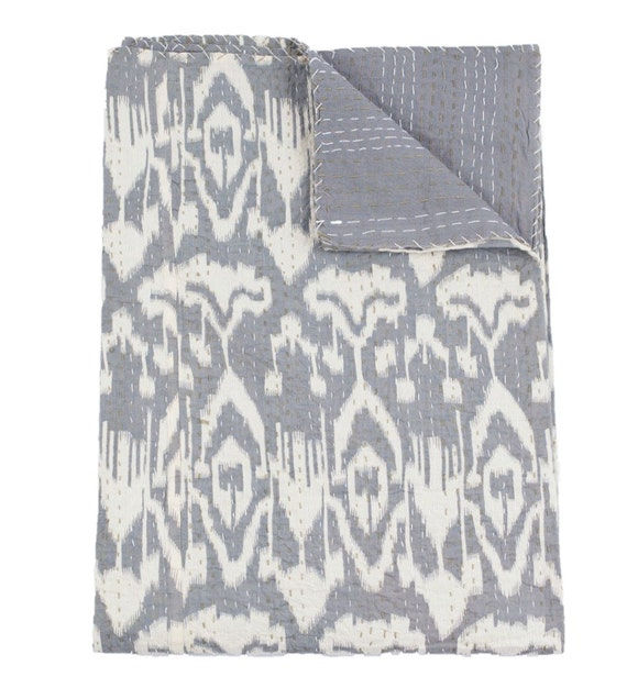 Queen Ikat Bedspread, Kantha Quilt, Queen Coverlet, Kantha Bedspread, Ikat Quilt, Indian Bedspread, Kantha Bedding, Ikat Bed Cover Kantha