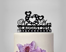 Wedding Cake topper, Mr and Mrs cake topper, personalize Wedding Cake topper with heart, funny cake topper, elegant, MONOGRAM, unique topper