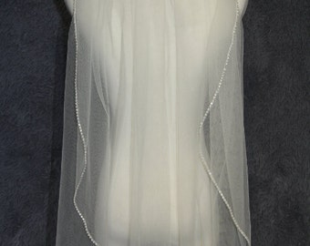 1T wedding veil, bridal veil, fingertip veil, white ivory veil, diamond edge veil comb veil, bridal accessories