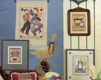 Cross stitch Country Scrapbook Leisure Arts Leaflet 298  1984
