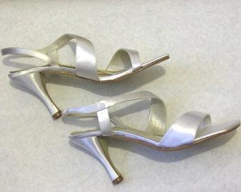 "NEW IN BOX - Coloriffics 'Valerie' Custom Dyed 'Diamond White' Satin Slingback Sandal, 3.5"" Heel, Size 7M"