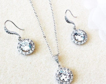 Wedding Jewelry Set Bridesmaid Jewelry Set Bridal Jewelry Set Bridesmaids Gifts Crystal Round Halo Earrings and Necklace Set Bridal Party