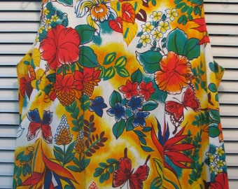 SALE - Beautiful Bright Splashy Hawaiian Bark Cloth Maxi Dress