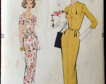 Vogue 9104 -  1950s Wiggle Dress with Novelty Neckline - Size 16 Bust 36