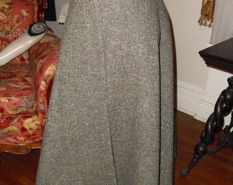 Quick SALE  .Vintage Designer Hand tailored Tudor Square late 50's early 60's Soft  Gray Wool Circle Skirt With Red leather side Belt